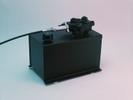 Standard reservoir mounted valve provides efficiency and flexibility, electric pump packages are also available.