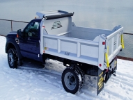 E-Tipper 4-5 yard body with optional vertical side and tailgate braces and manual tarp.