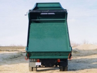 The Deuce is available in 9 or 11 foot lengths for 2-4 cu. yd. capacity.